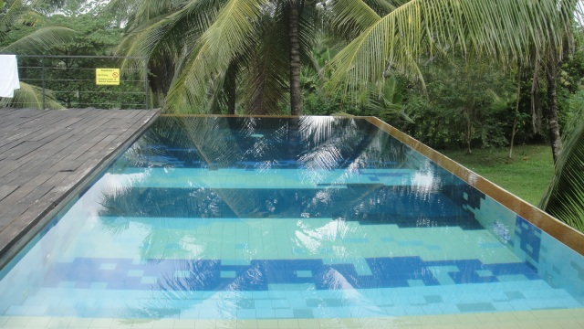Comilla Bungalow Pool